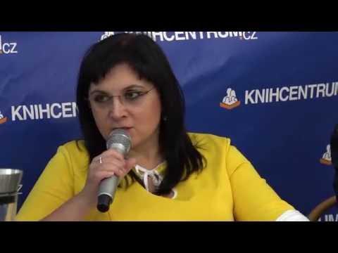 Klára Samková na besedě v Knihcentru Ostrava